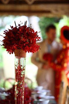 Delicate and simple floral arrangement