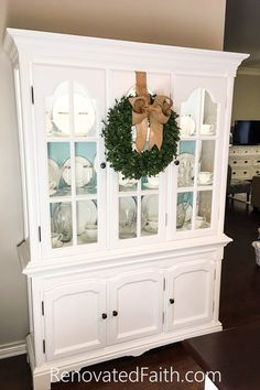 See why my process is faster, less-expensive and achieves a more durable finish than chalk paint! Why I Don't Use Chalk Paint - My Better Alternative. Refurbished Furniture, Farmhouse Furniture, Repurposed Furniture, Rustic Furniture, Furniture Makeover, Cool Furniture, Repurposed China Cabinet, Hutch Makeover, Antique Furniture