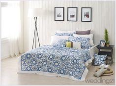 Comfy Bedroom, Comforters, Blanket, Furniture, Home Decor, Creature Comforts, Quilts, Decoration Home, Room Decor