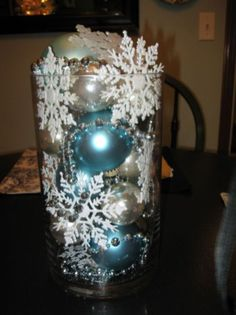 37 Homemade Christmas Table Decorations Centerpieces Ideas - About-Ruth Homemade Christmas Table Decorations, Silver Christmas Decorations, Christmas Centerpieces, Centerpiece Ideas, Snowflake Centerpieces, Coastal Christmas, Christmas Time, Christmas Crafts, Christmas Tables