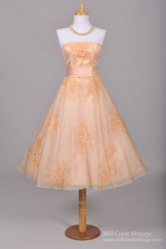1950's Peach Embroidered Organza Vintage Wedding/Party Dress