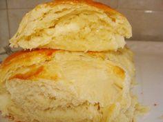 Pão de Batata de Liquidificador, aprenda a preparar esse pão de batata de liquidificador com esta excelente e fácil receita. O pão de batata é um pão Pastry Recipes, Cooking Recipes, I Chef, Good Food, Yummy Food, Just Bake, Pan Bread, Portuguese Recipes, Yummy Recipes