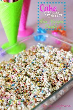 Cake Batter Rice Krispie Treats 3 Tablespoons butter 1 ounce) bag marshmallows cup yellow cake mix (just the dry mix, not prepared into a batter) 6 cups crispy rice cereal 1 ounce) container of sprinkles Rice Crispy Treats, Krispie Treats, Yummy Treats, Sweet Treats, Rice Crispy Cake, Just Desserts, Delicious Desserts, Dessert Recipes, Yummy Food