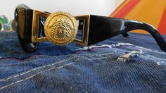 4bc505dcdb5 Gianni Versace 424 vintage sunglasses black gold  Versace