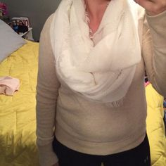 AE sweater Cozy AE sweater, cream color ( color is best shown if first picture). Goes with practically anything and everything! No stains or holes, practically new! American Eagle Outfitters Sweaters