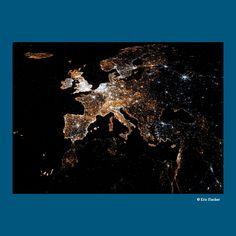 Les réseaux sociaux ont envahi l'Europe #BanqueSYZ Data Visualisation, 2013, Europe, Chart, Movie Posters, Yearly, Social Media, Charts, Film Poster