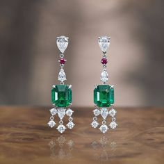 Gubelin (@gubelinofficial) on Instagram: These fascinating Ornament of Flowers drop earrings, featuring two magnificent emeralds from Colombia, can also be worn as contemporary emerald hangers due to their detachable diamond-set hanging elements. #OrnamentOfFlowers #MysticalGarden #Emerald #ColombianEmeralds #GübelinJewellery #ColouredGemstones