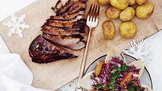 En god marinade gør underværker for smagen, samtidig med at kødet mørnes. Her får du opskriften på marineret andebryst med rødkålssalat