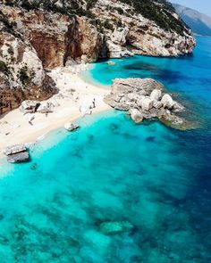 Beaches In The World, Places Around The World, Around The Worlds, Best Vacation Destinations, Italy Vacation, Italy Travel, Beautiful Places To Travel, Beautiful Beaches, Ocean Photography