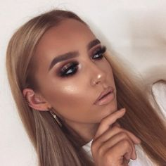 48 ideas bronze glam makeup make up Formal Makeup, Glam Makeup, Bridal Makeup, Wedding Makeup, Eye Makeup, Hair Makeup, Full Face Makeup, Make Up Looks, Gorgeous Makeup