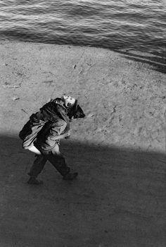 © Sergio Larrain/Magnum PhotosCHILE. Valparaiso. 1963.