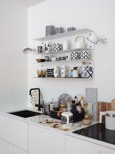 Top Interior Design Schools In The Us Marimekko, Interior Design Kitchen, Kitchen Decor, Scandinavian Home, Beautiful Kitchens, Interiores Design, Home Decor Inspiration, Home And Living, Home Kitchens