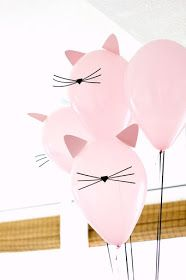 Kitty Cat Birthday Party with cat balloons Fete Emma, Kitten Party, Partys, Birthday Party Themes, Birthday Party For Cats, Birthday Ideas, Birthday Crafts, Birthday Kitty, Cat Themed Parties
