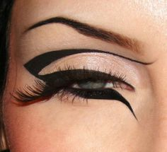 15 Awesome Eyeliner Tricks! #9 The Cleopatra. To achieve this extreme look you will need: 1)Black liquid eyeliner, 2)A steady hand, and 3)Killer confidence. Anyone thinking of being Cleopatra for Halloween?