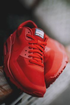 All-red Air Max #Nike I'm loving this.