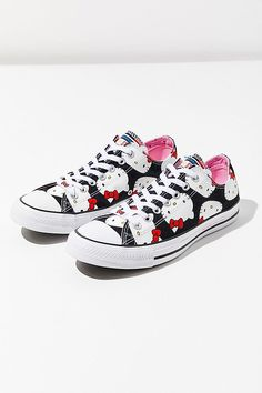 Converse X Hello Kitty Chuck Taylor All Star Low Top Sneaker d86c4bea29465