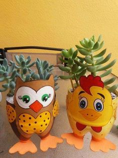 Great collection of recycled 2 liter bottle planters – Recycled Crafts liter bottle crafts Great collection of recycled 2 liter bottle planters Plastic Bottle Planter, Reuse Plastic Bottles, Plastic Bottle Flowers, Plastic Bottle Crafts, Diy Bottle, Recycled Bottles, Recycled Crafts, Soda Bottle Crafts, Jar Crafts