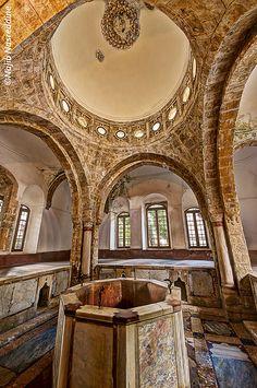 LEBANON, CHOUF,, BEITEDDINE PALACE, THE COLD ROOM