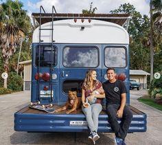 Posting the best school bus conv . ☮️ 💯 Posting the best school bus conversions for inspiration 🆒 🚍 Owner: @ 🚌 🚎 School Bus Tiny House, Magic School Bus, School Bus Rv, Bus Remodel, Converted School Bus, Bus Living, Tiny Living, Rv Bus, Kombi Home
