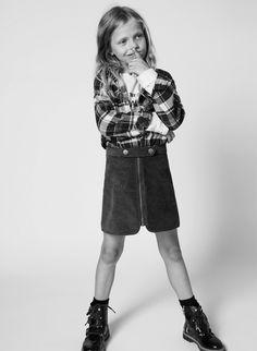Happy People Photography, Kids Fashion Photography, Children Photography, School Fashion, Fashion Kids, Girl Fashion, First Girl, New Girl, Online Zara