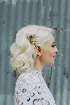 Wedding hair, blonde bride, retro bride, vintage bride, short hair bride
