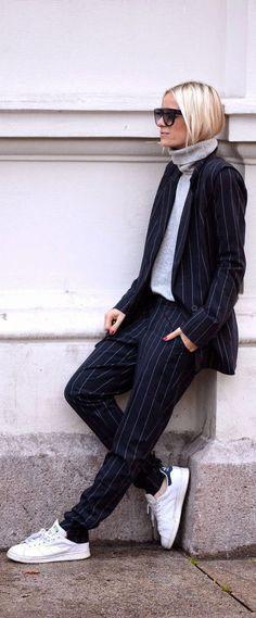 Tendenza tailleur pantalone da giorno: come si indossa con stile!