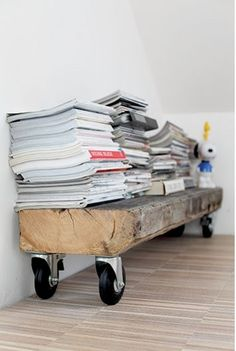Great idea & really sturdy for magazines, as it wouldn't buckle under their weight.