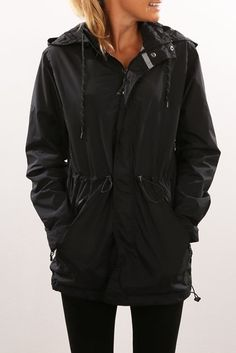 Halliday Anorak Navy