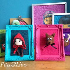 Handmaded Amigurumi Red Riding Hood and Wolf frame /Cuadro de Caperucita Roja y el Lobo Feroz hechos a mano en amigurumi by Pitis&Lilus INFO pitisandlilus@gmail.com
