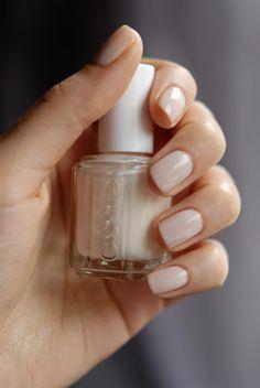 Le bout des ongles: Un peu de délicatesse... Essie Limo Scene
