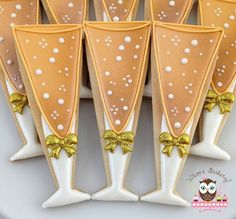 champagne glasses decorated sugar cookies