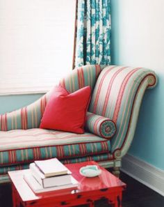 this colour combo for the chaise lounge is super cute and would look great under the window in the dining room.