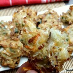 Resep Bakwan Sayur Awet Renyah (Part Snack Recipes, Cooking Recipes, Snacks, Indonesian Food, Indonesian Recipes, Cauliflower, Fries, Vegetables, Breakfast