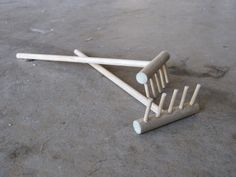How to make your own Zen Garden rake - we've created small Zen Gardens for our Creative Collaborative Retreat - and will be using these little rakes. Very fun!