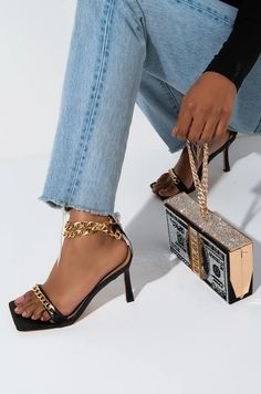 AKIRA Label Metal Box Clutch with Chain Link Top Handle and Rhinestone Dollar Design in Silver Multi Frame Bag, Metal Box, Pumps, Heels, Boss Babe, Your Shoes, Akira, Shoulder Strap, Chain