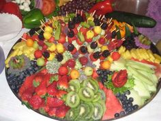 fruit appetizer platter.. a must have.. just better arranging..