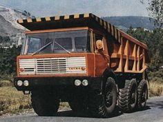 Tatra T813 S1 6x6 1967–82 Heavy Duty Trucks, Big Rig Trucks, Dump Trucks, Car Posters, Commercial Vehicle, Heavy Equipment, Off Road, Old Cars, Motor Car