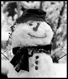 Black & White snowman photo