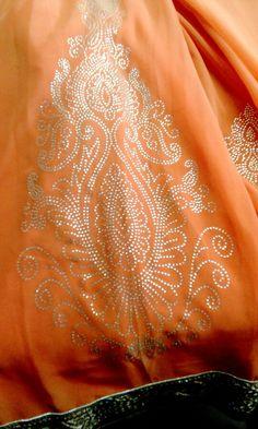 My big  butta 2 fit in saree
