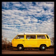 On the road with our Volkswagen T3 camper 😊💛
