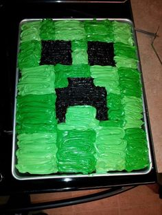 Minecraft Creeper Cake  Birthday Party Ideas cakepins.com//homemade minecraft cake #homemadecake #minecraft