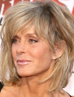 The lovely Farrah Fawcett Hair Styles For Women Over 50, Medium Hair Styles, Curly Hair Styles, Hair For Women Over 50, Great Hairstyles, Womens Hairstyles Over 50, Woman Hairstyles, Natural Hairstyles, Hairstyle Ideas