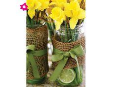 Arreglos de flores para boda en tarros