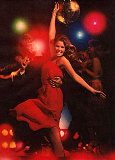 Night at the Disco, 1977 Studio 54, Night Club, Night Life, Disco 70s, Disco Night, Disco Funk, Saturday Night Fever, Disco Party, Lets Dance