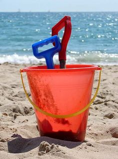 What better way to keep your kids occupied for hours –oh the pain when you accidentally jab your toe with the spade though!  #UKBeachBreak