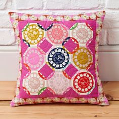 FREE Cushion download courtesy of Love Patchwork & Quilting magazine