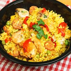 Slow Cooker Paella  http://www.canadianliving.com/food/slow_cooker_easy_chicken_paella.php