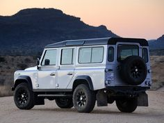 Land Rover Defender 110 Limited Edition (2011).