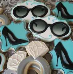 Breakfast at Tiffany's bridal shower cookies