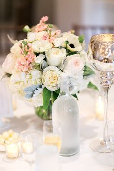 wedding centerpiece idea; photo: Tauran Woo